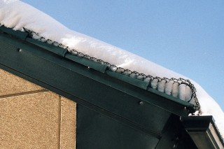 ストレート系屋根で降雪時/スーパーゆきもちくん